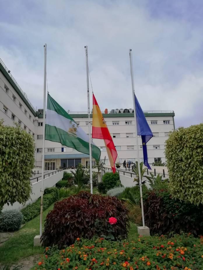 El Área Sanitaria Málaga-Axarquía se suma desde hoy a la semana de luto de la Junta de Andalucía