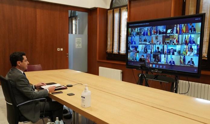 Moreno anuncia un Plan de Empleo que contempla la contratación de 3.000 personas para vigilar las playas andaluzas