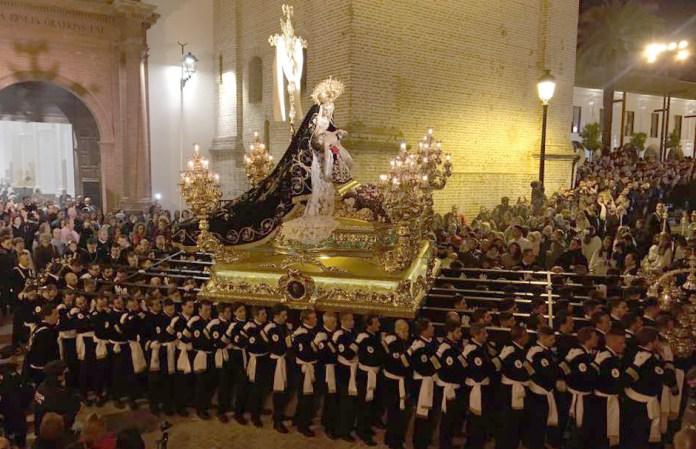 La ONCE se suma al centenario de la Cofradía de las Angustias Coronada de Vélez-Málaga