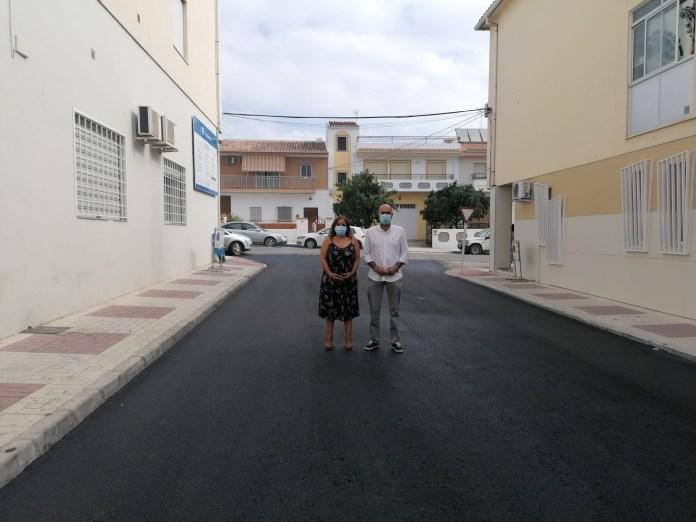 Infraestructuras comienza su plan de asfaltado en Almayate