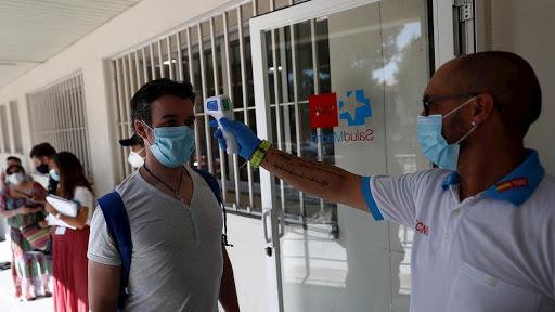 España vuelve a rozar los 10.000 nuevos contagios de coronavirus