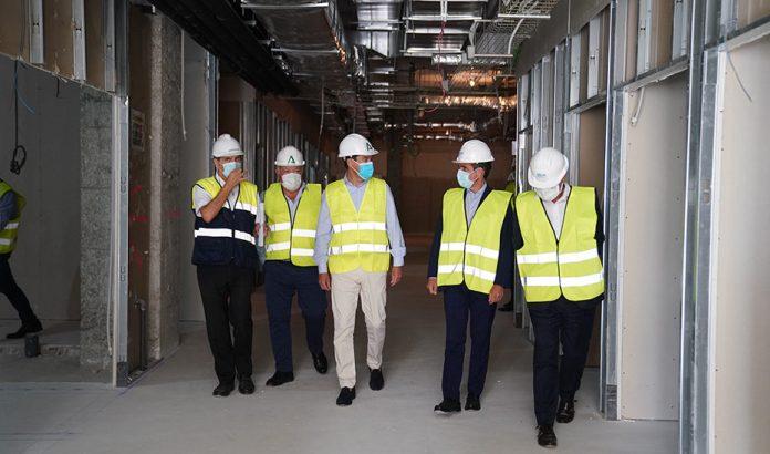 Moreno anuncia un plan de inversiones de más de 117 millones de euros en infraestructuras sanitarias