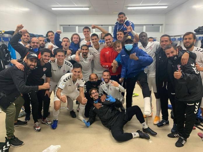 El Vélez C.F. se impone al CD Estepona (0-1)
