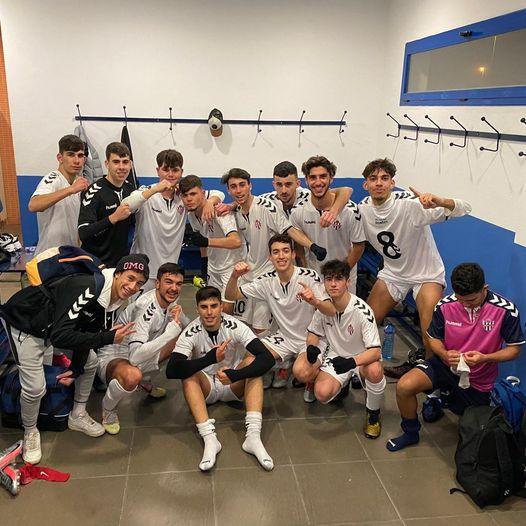 Los juveniles del Vélez C.F. lideran la tabla de clasificación