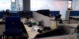 Agentes de la Policía Nacional, en el marco de la operación Federico, han detenido en la provincia de Málaga, a cuatro personas, integrantes de una trama criminal, dedicada a la elaboración de facturas fraudulentas para la posterior obtención de subvenciones públicas