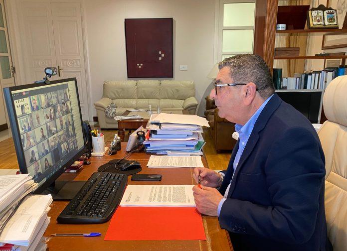 El nuevo reglamento de Vélez-Málaga incorpora la figura de las sesiones telemáticas