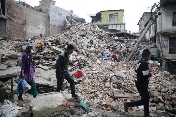 664020566-terremoto-sacode-nepal-e-deixa-danos-veja-imagens-1364180287