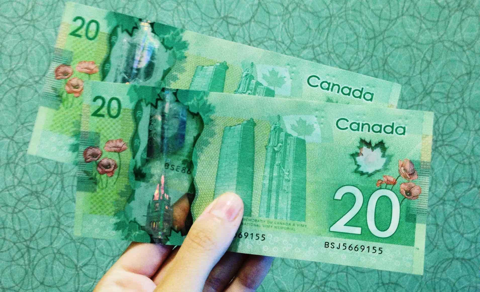 dólar canadiense digital