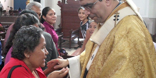 Feligresía inconforme con labor jerárquica de Monseñor Alas