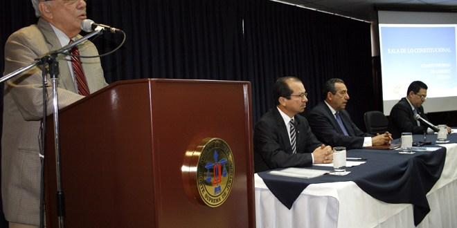 Funcionarios públicos no deben participar  en campaña electoral dice Sala de lo Constitucional