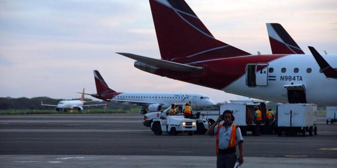 SC identifica escasa competencia, barreras y monopolio en transporte aéreo