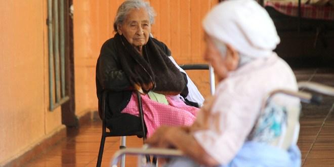 FUSATE celebra festival de clausura del mes de los adultos mayores