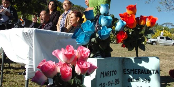 Afectados de Las Colinas desmiente  al ex presidente Francisco Flores