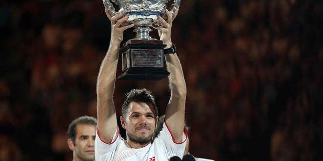 Suizo Wawrinka abrumado tras ganar Abierto australiano de tenis