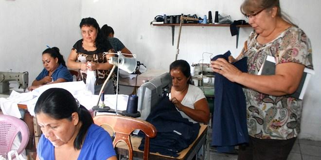 Pobreza en El Salvador se reduce en más del 11%
