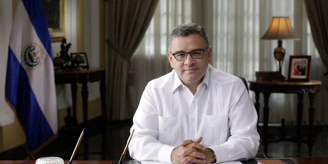 Presidente Funes se recupera satisfactoriamente, tras operación de cadera