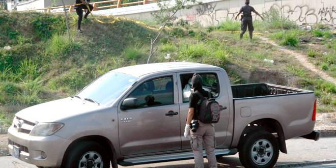 Policía lesionado en entrega controlada de extorsión