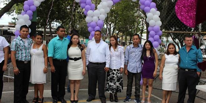 Con bodas colectivas celebran  el día del amor y la amistad en Ilopango