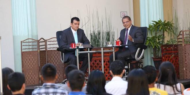 """""""No queremos gobernar solos, queremos hacerlo  con una gran alianza"""", Oscar Ortiz"""