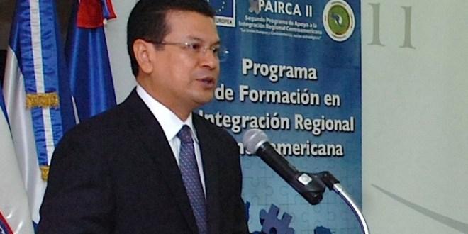 Fondos de EE.UU para C.A serán invertidos en educación,  productividad yseguridad, dice canciller Martínez
