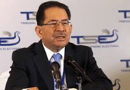 El TSE oficializa triunfo del FMLN