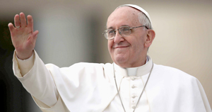 Francisco pide oraciones por él en su primer año como pontífice