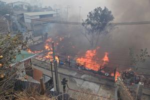 Incendio en Chile deja al menos 11 muertos y miles de damnificados