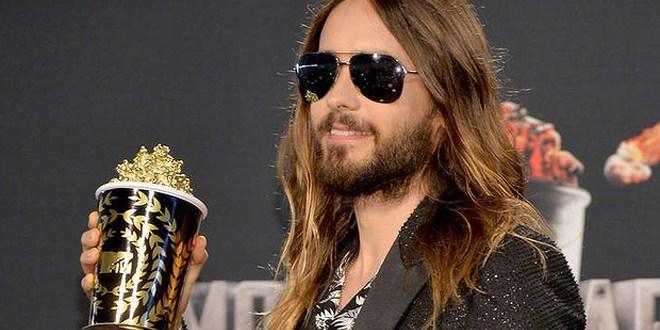 Popcorn para los famosos y una gata dormida: los MTV Movie Awards