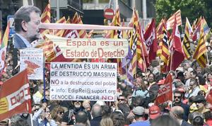 """Decenas de miles de personas marchan en España para reclamar """"empleo de calidad"""""""