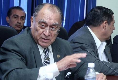 Diputados de derecha critican a ANEP por invitar  a presidente hondureño a ENADE 2014