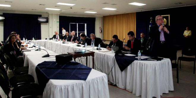 Gobierno y partidos políticos instalan mesa técnica para discutir reforma fiscal