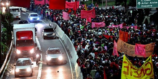 Huelga en metro causa caos en Sao Paulo a una semana del Mundial