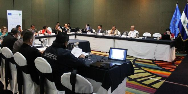 Reforzarán fronteras de El Salvador  a través de interconexión con INTERPOL