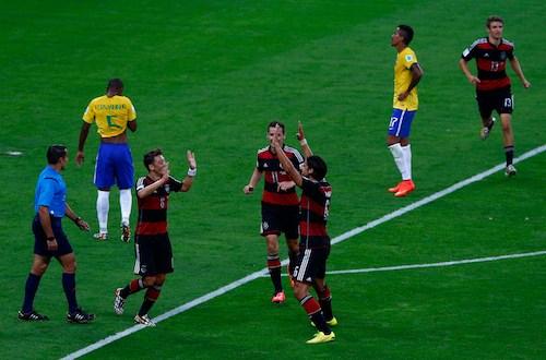 """Alemania humilla a Brasil por 7-1 y tritura el sueño del """"hexa"""""""
