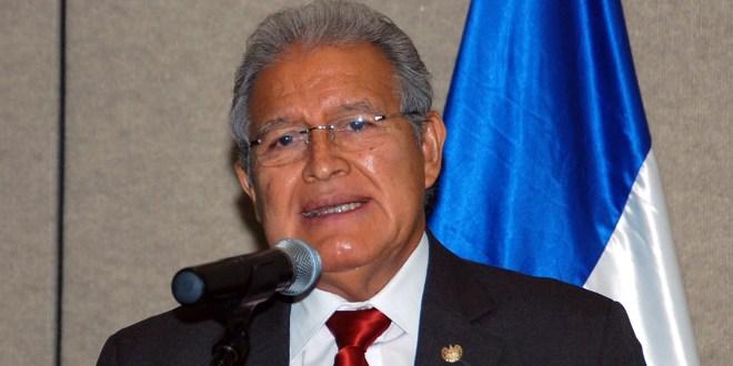 Diálogo y cercanía con la población, piezas claves en inicio del mandato de Sánchez Cerén en 2014