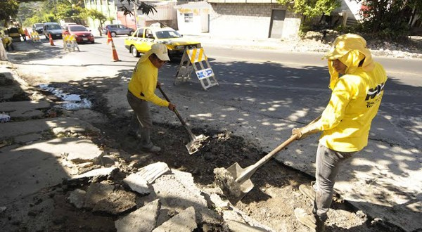 MOP inicia trabajos de ampliación en calle Agua Caliente