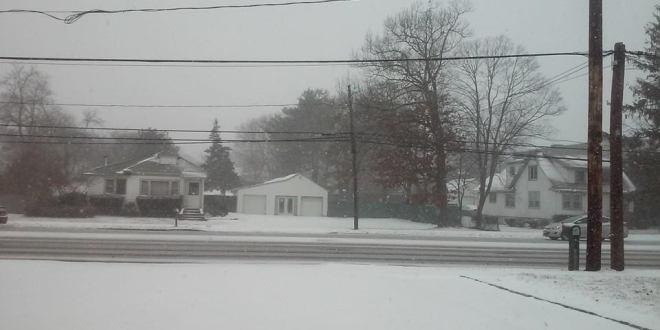 """Nueva York y la costa noreste de EEUU afrontan """"histórica"""" tormenta de nieve"""