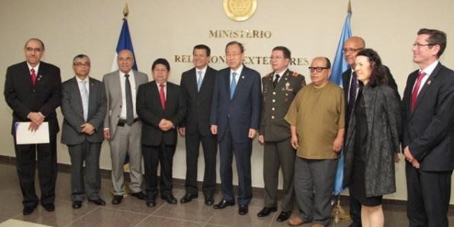 Canciller Martínez sostiene reunión de trabajo con  Secretario General de la ONU