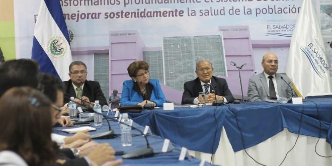 """""""Pretendemos continuar con las trasformaciones que se iniciaron en 2009"""": Sánchez Cerén"""