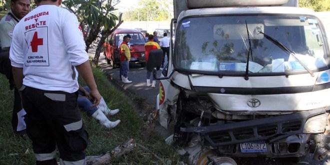 Una persona fallecida en accidente de tránsito