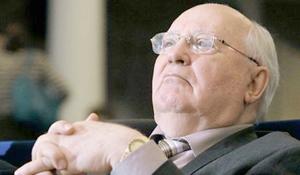 Gorbachov advierte que una nueva Guerra Fría puede convertirse en guerra de verdad