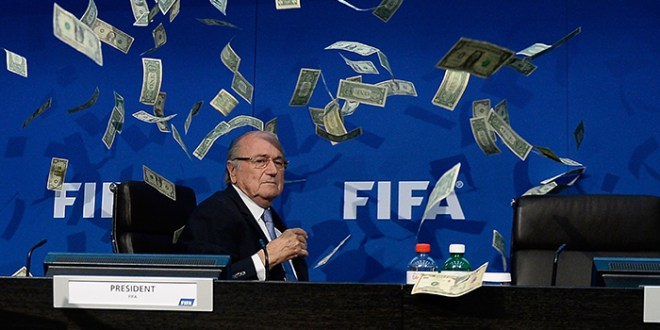 FIFA: Blatter y Valcke se enriquecieron en 80 millones de dólares