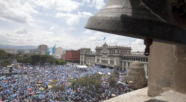 Terremoto ciudadano estremece a Guatemala