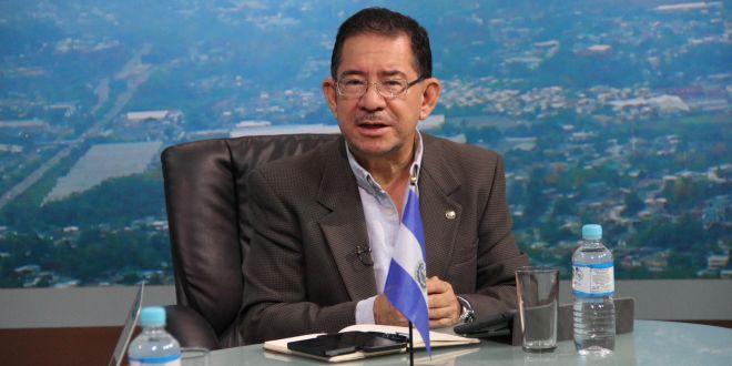 """Eugenio Chicas: """"En ARENA están enfrentadas dos posturas"""""""