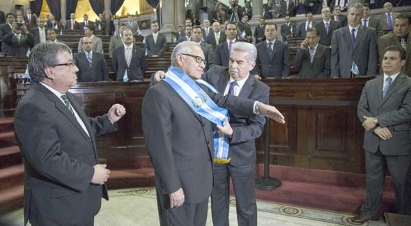 Continúa juicio contra expresidente guatemalteco acusado de corrupción