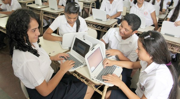 La tecnología no basta para mejorar resultados de los alumnos