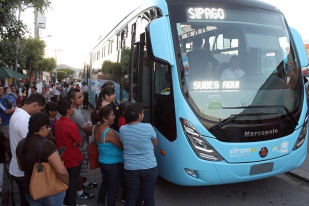 El moderno sistema de transporte ha sido bien recibido por los capitalinos. Foto Diario Co Latino/ Archivo