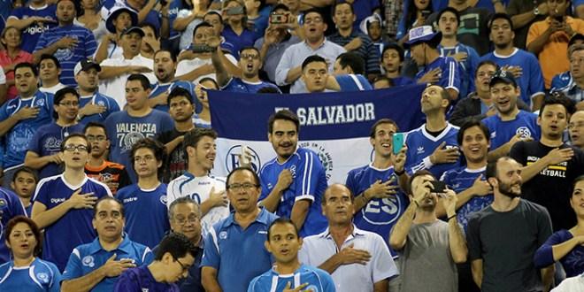 Todo listo para el partido El Salvador-Curazao
