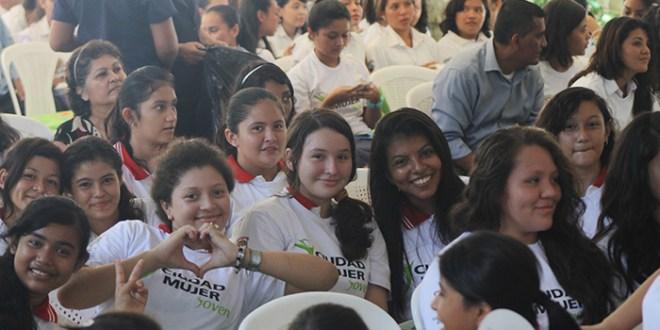 """""""Ciudad Mujer"""" una alternativa  contra la violencia y la discriminación"""