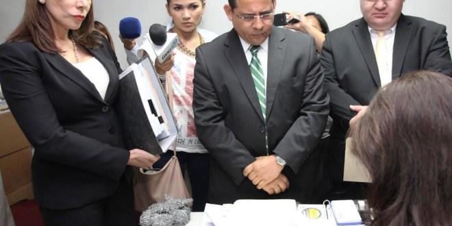 Marcos Rodríguez es denunciado por dar a conocer irregularidades en caso FECEPE